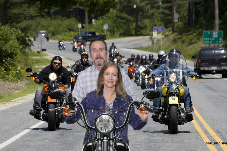 1.A. HOME-Scrolling-Motorcycle-Debbie, Patrick - GSE_2520