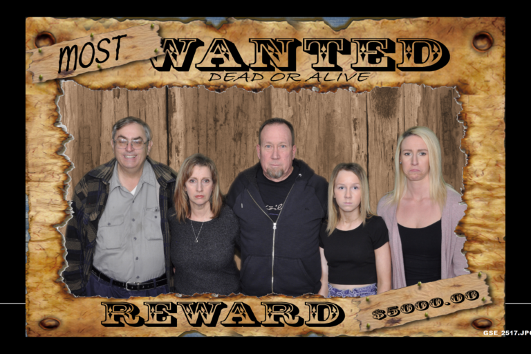 1.B. HOME-Scrolling-Most Wanted-Cheryl and Fam GSE_2517